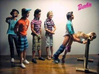 barbie-gangbang-tournante.jpg